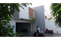 Rumah Canti Dan Asri Di Lebak Bulus Jakarta Selatan