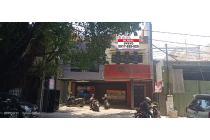 Jual tempat usaha di tengah kota Strategis Ciateul