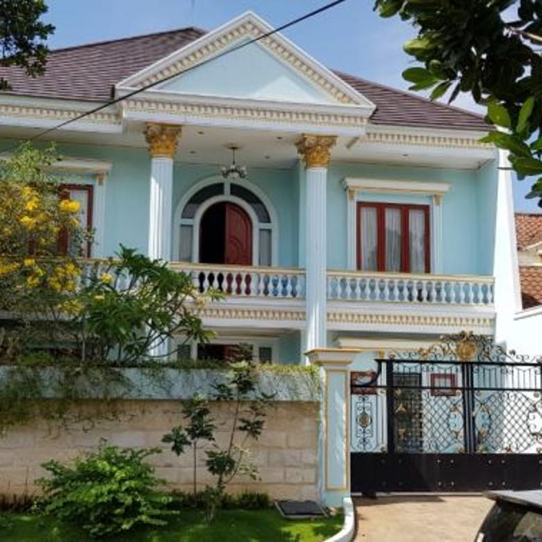 Rumah Mewah Klasik Pakuwon City !!!