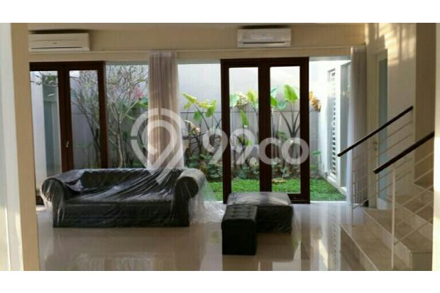 Dijual Rumah Royal Residence Crown Hill Garasi Luas Bonus Taman, Furnished 15475484