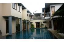 Dijual Rumah Mewah Dan Strategis Di Cibubur ,Jakarta Timur AG474