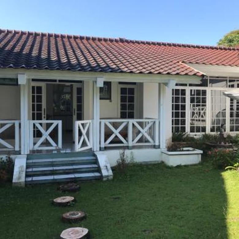 Rumah /Villa Dekat Hotel Le Eminence Puncak Terawat Luas 5576M²