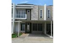 Dijual Rumah Strategis di Green Lake City Cipondoh Tangerang