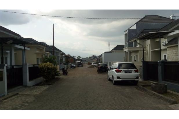disewakan rumah dengan lokasi dan lingkungan terbaik di jember 13870701