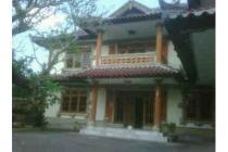 Rumah Klasik ( cocok untuk Penginapan)