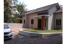 Rumah Baru Siap Huni, Dekat UII Harga Wajar