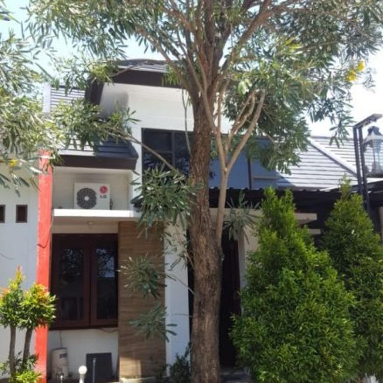Rumah dalam Komplek di Lokasi Elit Majapahit, Mataram