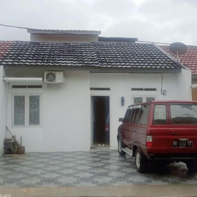 Rumah Minimalis di tengah kota