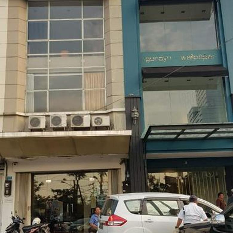 Ruko Raya Bukit Darmo - Siap Pakai, Hadap Jalan, Parkir Luas