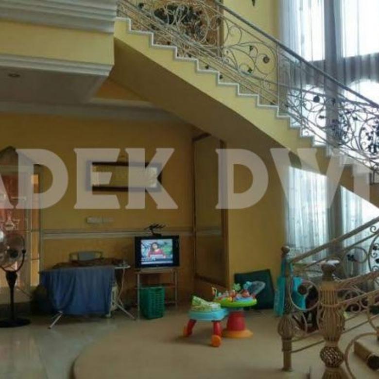 Rumah Mewah Jalan Gatsu Barat Denpasar
