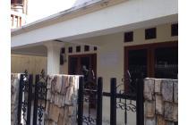 Rumah disewakan di lokasi strategis Rawa Belong