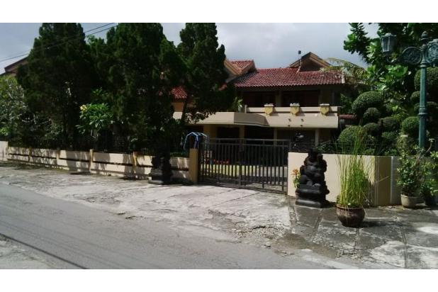 rumah di depan kampus janabadra umbulharjo