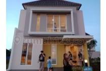 Rumah mewah Design Minimalis LATIGO VILLAGE di Gading serpong by Paramounth
