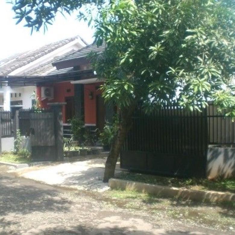 Rumah Hook yang Asri di Griya Alam Sentul (dekat tol Jagorawi)