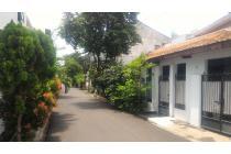 Rumah Murah(Hanya Harga Tanah saja) Komplek Perhubungan Layur Rawamangun J