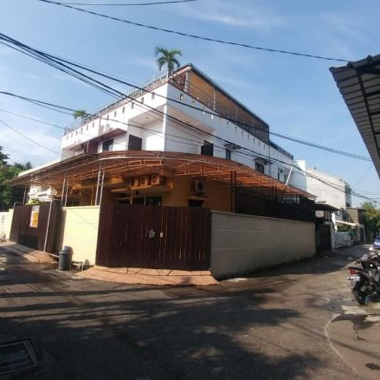 Jual Rumah Hoek di Green Ville,jakarta barat