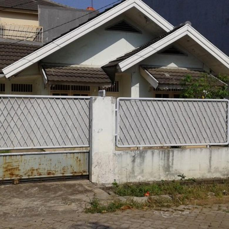 Rumah Tua Hitung Tanah Di Gading Griya Residences