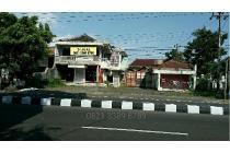 Jl.Magelang Km.7 utara Jl.Pangeran Diponegoro, bonus bangunan Gudang