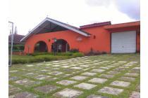 villa 4kamar (kolam privbate)