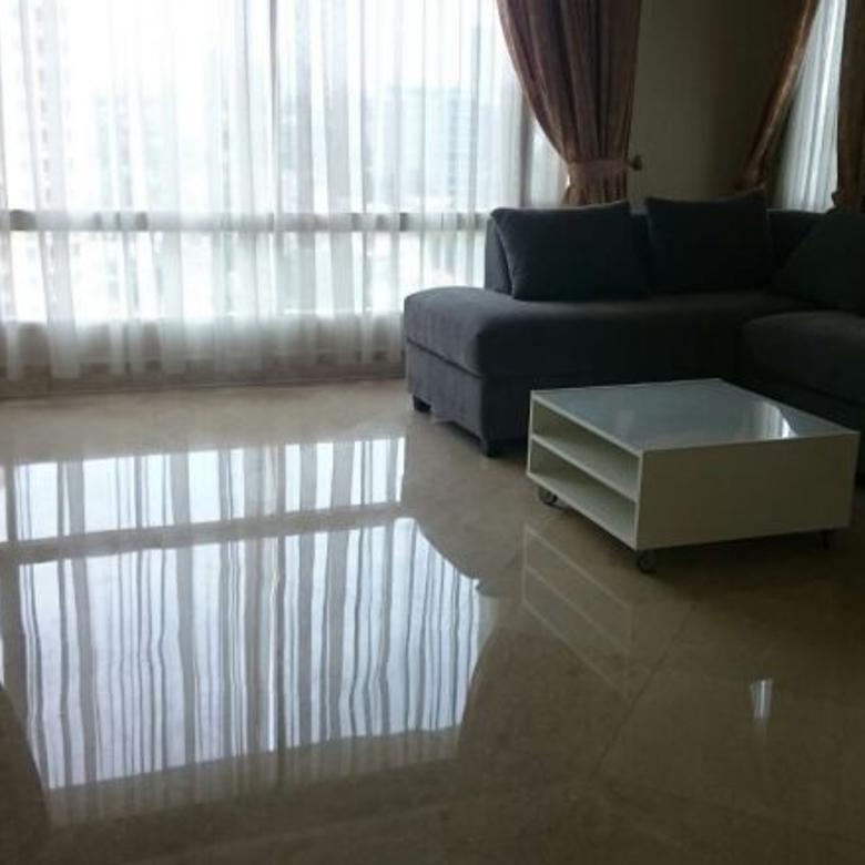 Disewa Apartemen Nyaman Strategis di SCBD Suites Jakarta Selatan