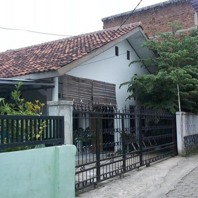 Rumah Strategis di Bunisari, Cimahi