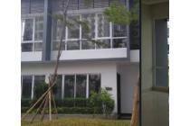 Dijual Cepat Townhouse Mewah Strategis di Puri Mansion Kembangan Jakbar