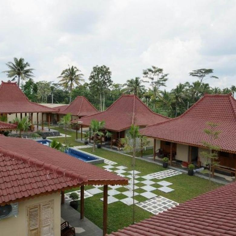 Rumah Joglo Istimewa Super Mewah Kolam Renang Jl. Kaliurang