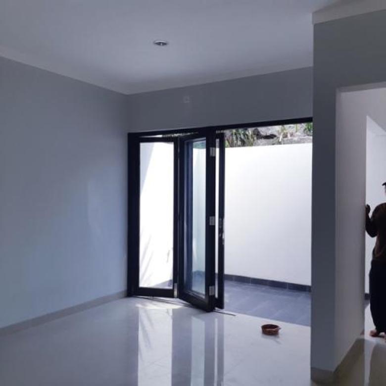 Rumah Minimalis 2 Lantai Dekat CBD Graha Raya Bintaro Bisa KPR