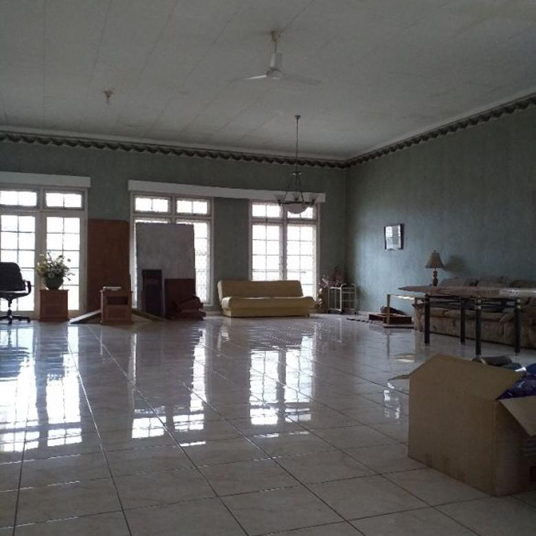 Bukit Cinere Indah  dg ruang tamu lt 1 & 2 luas tdk ada tiang