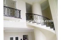 Penthouse Apartement Four Season Rasuna Said Kuningan dijual sewa sale rent