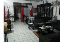 Rumah Terawat Di Main Road Jl. Jurang