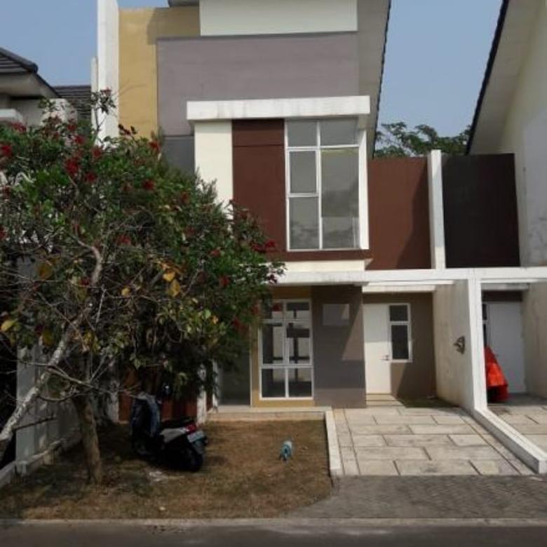 Dijual Rumah Siap Huni dan Lokasi Strategis di  EASTERN COSMO BSD ICON