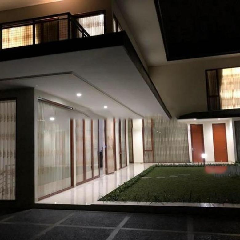 Dijual Rumah Luxury Istimewa di Resort Dago Pakar, Bandung