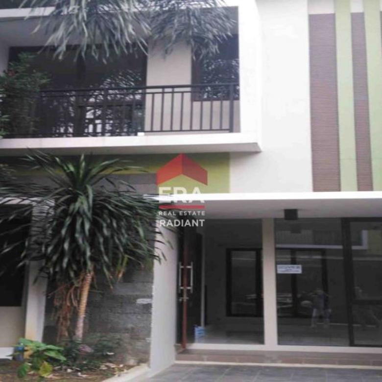 Rumah bagus rapih dalam cluster di Ciputat