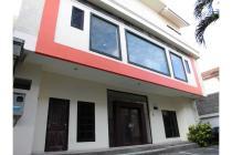 Kost Exclusive GRAND EMERALD  strategis nyaman murah Denpasar Bali