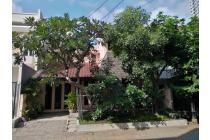 Dijual Rumah 2 lantai Graha Santoso terawat dekat Merr