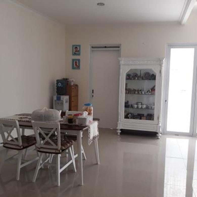 Rumah siap huni di Jalan Pasir Impun Bandung