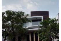 Rumah dijual di Kemang Timur cluster Strategis dengan pool