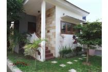 Rumah Baru Modern dekat Budi Mulia Maguwo dalam Perum
