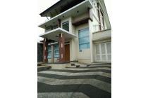 Rumah kawasan elit lokasi strategis  Pondok Hijau Permai