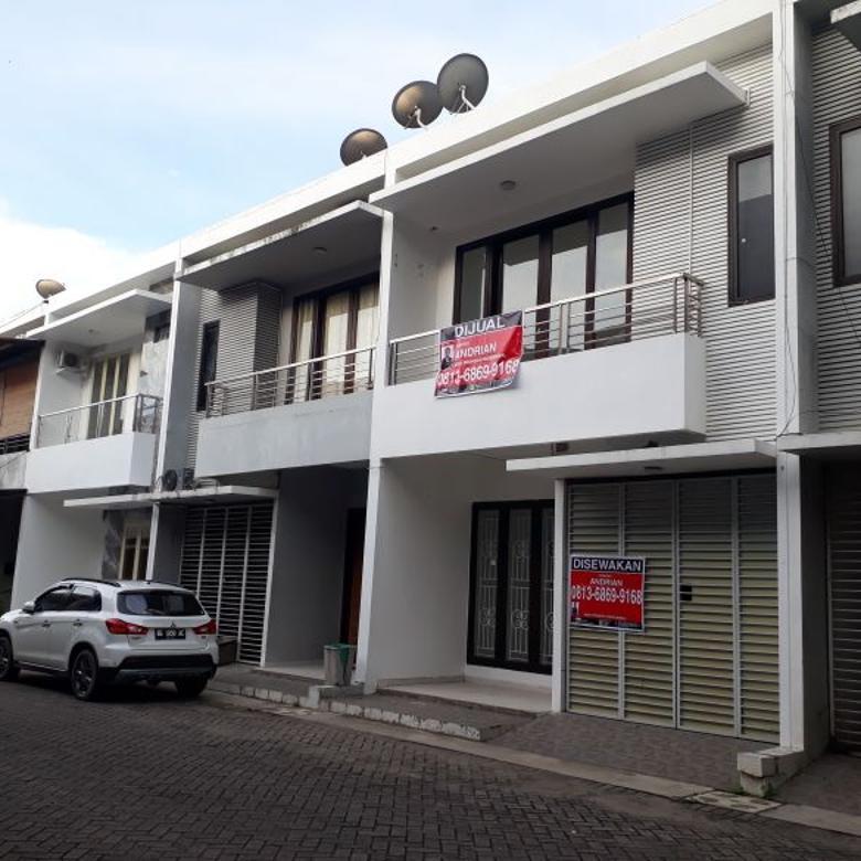 Townhouse dilokasi strategis & komplek elite palembang