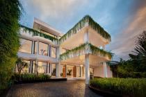 Rumah Brand New Mewah Modern Contemporary di Menteng