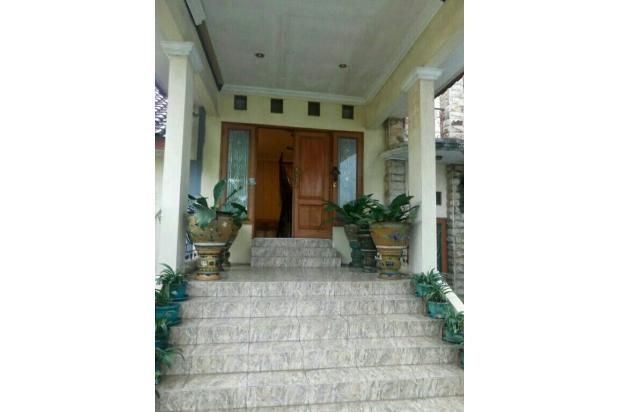 Dijual rumah second tanah luas di dalam komplek di dalam kawasan Halim Jaka 17700061