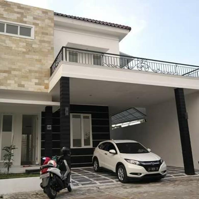Rumah Baru Mewah Furnish dalam Perumahan dekat Jalan Tamansiswa