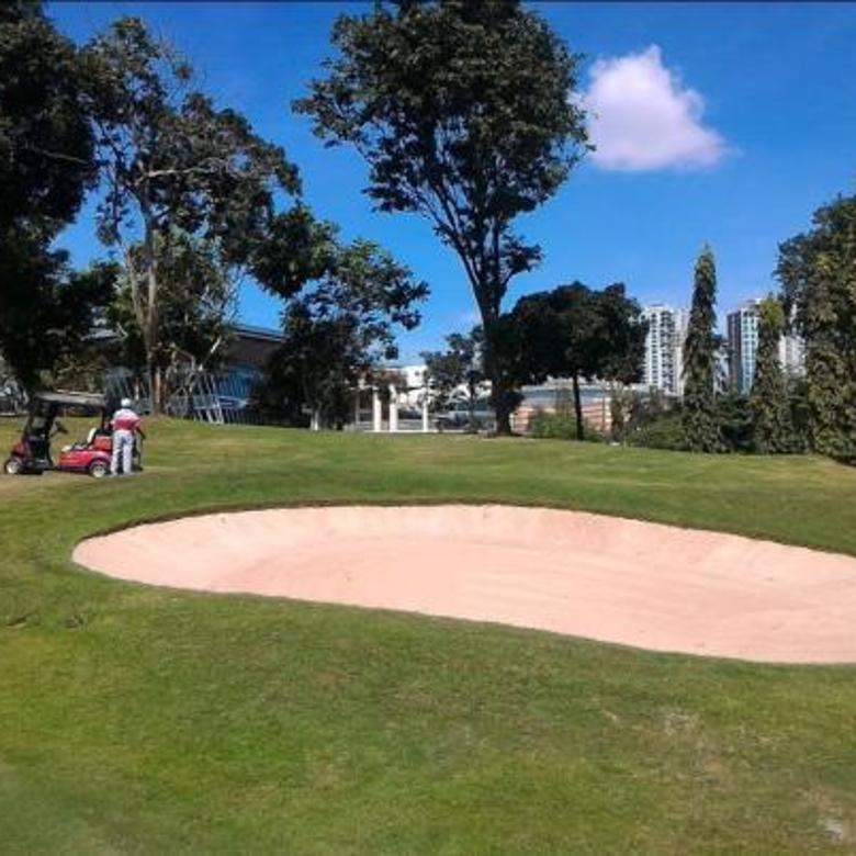 Rumah Cantik dan Mewah Bernuansa Etnik Dengan View Lapangan Golf - Pondok Indah