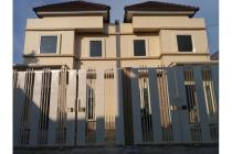 Dijual Rumah Strategis dan Siap Huni di Gunung Anyar Surabaya