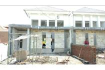 Rumah mewah lokasi strategis dekat alun2 Sidoarjo free shm & bphtb