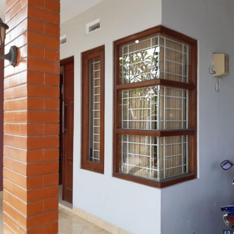 Rumah Bagus Full Furnished Di Jl Kaliurang Km 8 Dekat UGM