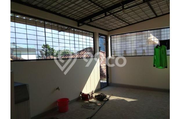 Rumah 2,5 lantai full furnished di Puri Mansion 13961020