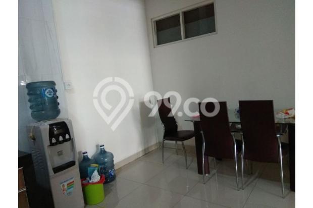 Rumah 2,5 lantai full furnished di Puri Mansion 13961026